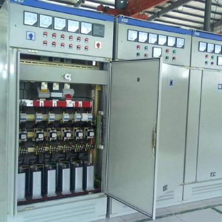 automatic multi-step capacitor banks